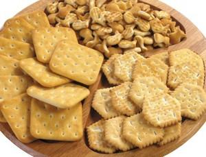 Галетное печенье добавляют в рацион через 5-6 дней после операции