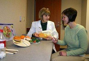 Рекомендации диетологов, как правильно питаться для снижения веса