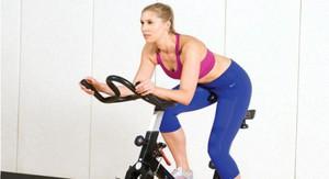 Як правильно займатися на велотренажері, щоб схуднути будинку: тренування для схуднення і стрункості живота » журнал здоров'я iHealth