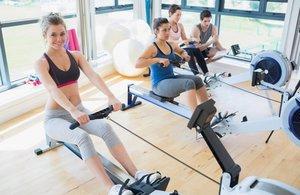 Как правильно заниматься в спортзале девушке
